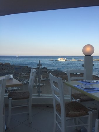 Pernera Beach Hotel: Gorgeous photos of the views from the balcony, pool, bar areas