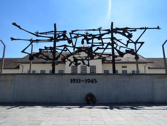 Νταχάου, Γερμανία: Part of Glid's memorial