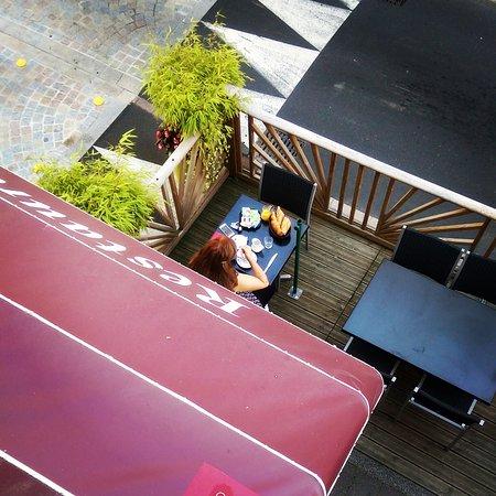 Hotel Le Marais : Petit déjeuner en terrasse