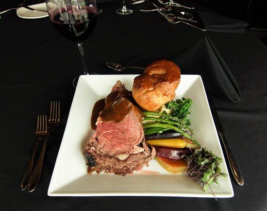Orillia, Canadá: Prime Rib Dinner every Sunday Night