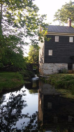 Stephens City, VA: The Mill House: Guest house
