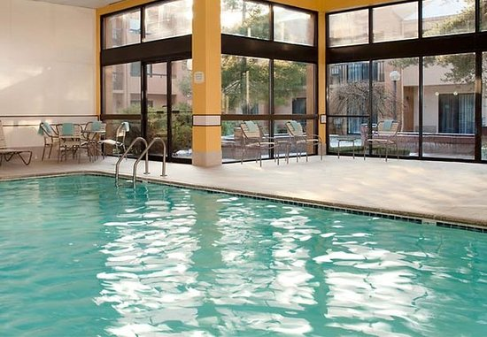 Southfield, MI: Indoor Pool