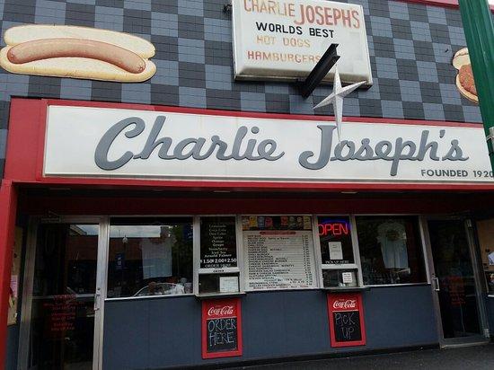 LaGrange, جورجيا: Charlie Joseph's