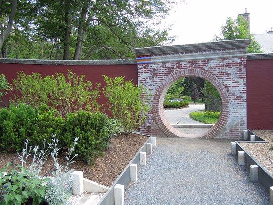 Stockbridge, Массачусетс: Asian garden detail.