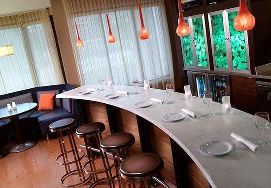 โฮมวูด, อลาบาม่า: The Bistro Lounge