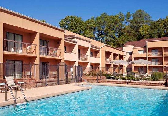 Homewood, AL: Outdoor Pool