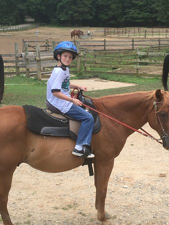 Trackrock Stables: Another beautiful trail ride