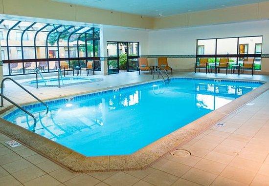 เดสเพลนส์, อิลลินอยส์: Indoor Pool & Whirlpool