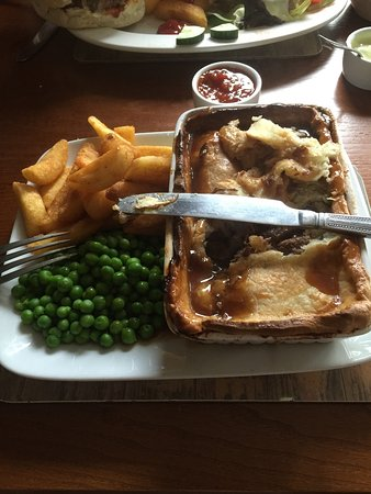 Bradwell, UK: Great Steak pie.