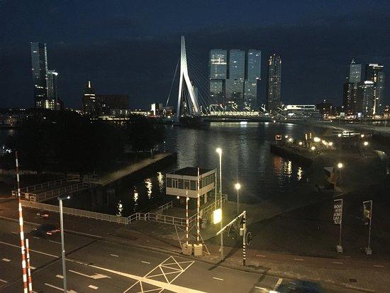 Inntel Hotels Rotterdam Centre: Blick zum Wasser