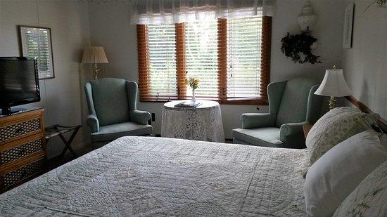 Ephraim, WI: Lodge Room