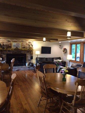 Ephraim, WI: Our Gathering Room