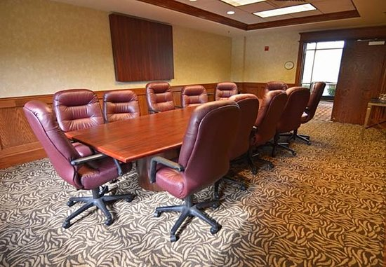Blue Springs, MO: Boardroom