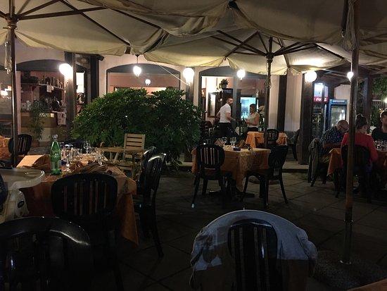 Roccatederighi, Italia: Terrassen på La Conchiglia.