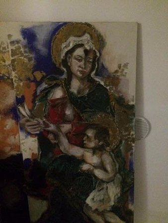 Positano Art Hotel Pasitea: More great art work in the halls of the hotel.