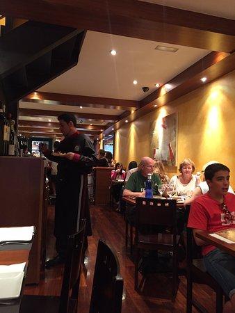 A Taberna do Bispo: Seating in the back