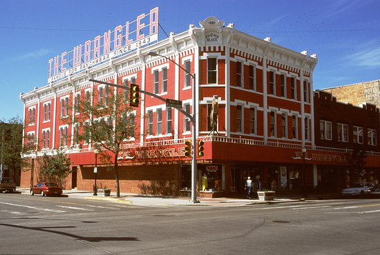 Cheyenne, WY: The Wrangler Building has been home to some sort of retail outlet since its erection in 1892.