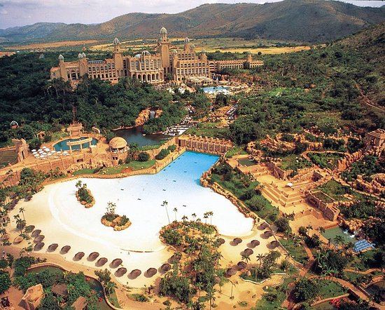 Sun City Tour - Have you been to a lnadlocked beach? This tour is a designed to give that experi
