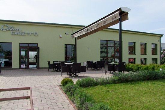 Szekesfehervar, Ungarn: Étterem látványa kívülről