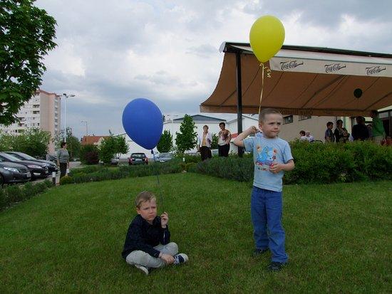 Szekesfehervar, Ungarn: A gyerekek is élvezték a felnőtt bulit...