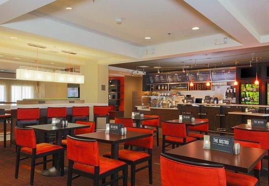 Morgan Hill, CA: The Bistro - Dining Area