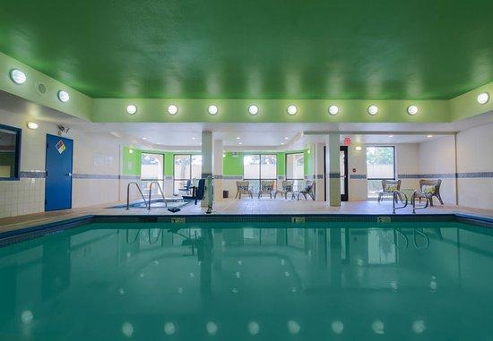 Морган-Хилл, Калифорния: Indoor Pool