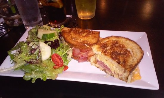 the mill restaurant bar reuben sandwich
