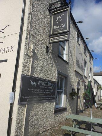 Gisburn, UK: The White Bull Hotel Restaurant