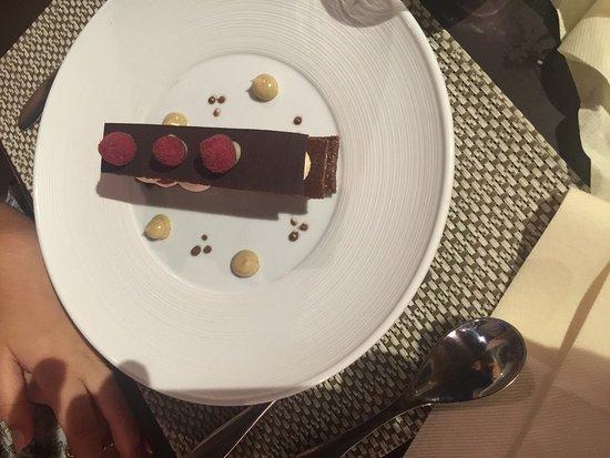 Rivesaltes, Frankrike: Tartelette aux oignons rouge de Toulouse un délice qui mérite le détour Les desserts mille feuil