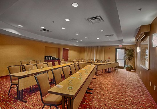 Wall, NJ: Allaire Meeting Room - Classroom Setup