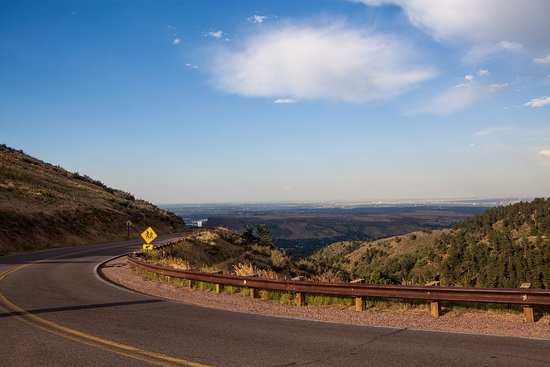 Golden, CO: The road from along the Lookout mountain