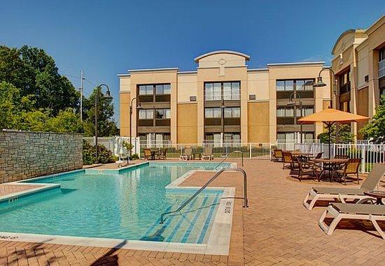 Montvale, Nueva Jersey: Outdoor Pool