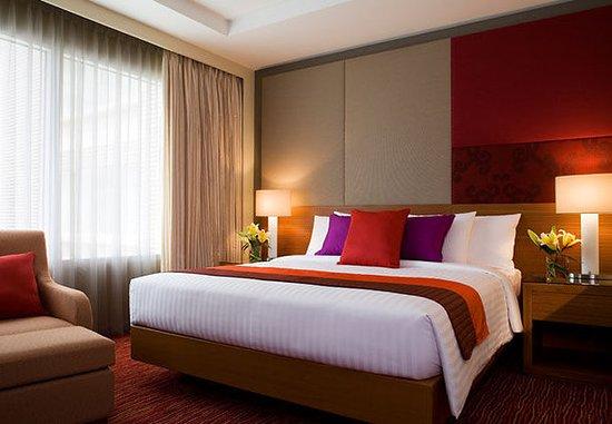 Courtyard by Marriott Bangkok: Deluxe Guest Room