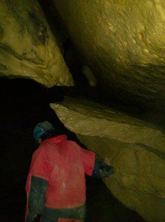 Caving Under Budapest : Caving