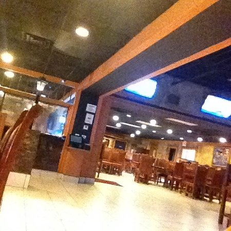 Las Margaritas Mexican Grill: Inside view of the spacious eating areas