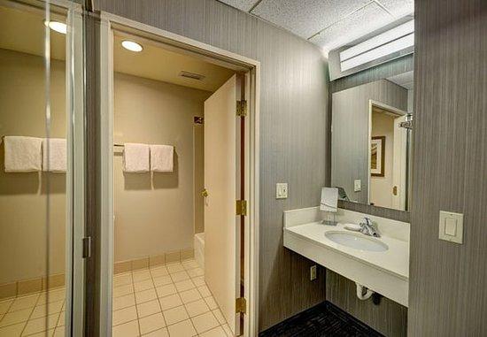 Wausau, Ουισκόνσιν: Guest Bathroom