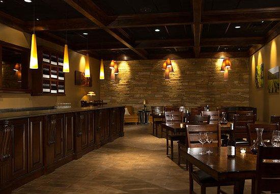 คิงส์พอร์ต, เทนเนสซี: Fieldstone Cellar – Tasting Room