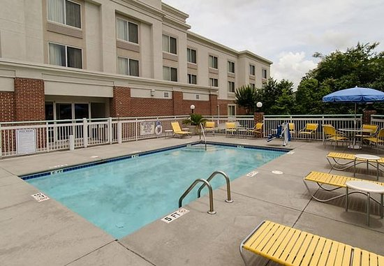 Hartsville, SC: Outdoor Pool