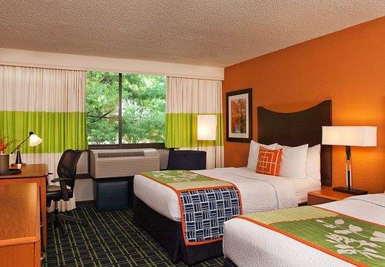 Fairfield Inn Bangor: Double/Double Guest Room