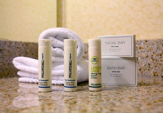 Belleville, Canada: Suite Bathroom Amenities
