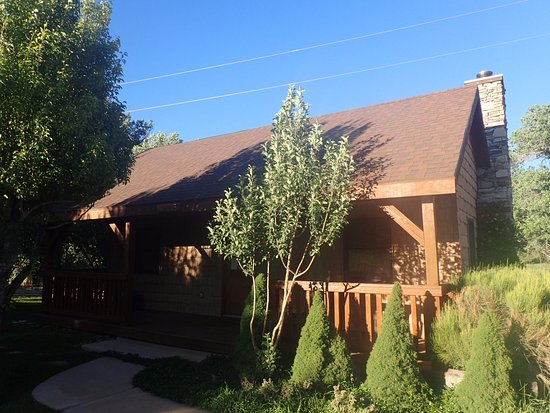 Mount Carmel, UT: Our cabin
