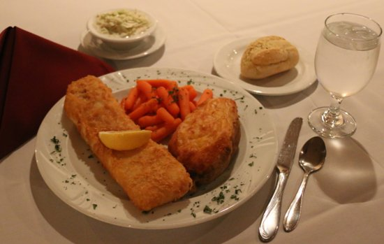 Wisconsin Rapids, WI: Our delicious Friday Fish Fry