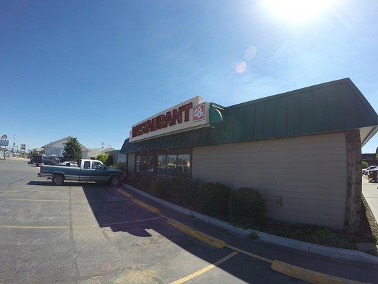 Dillon, MT : Front of Restaraunt