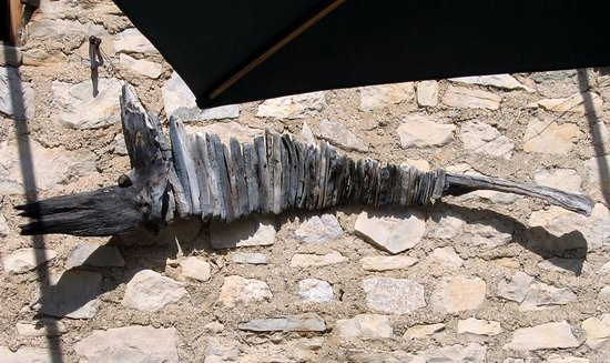 Brantes, Francia: On the wall