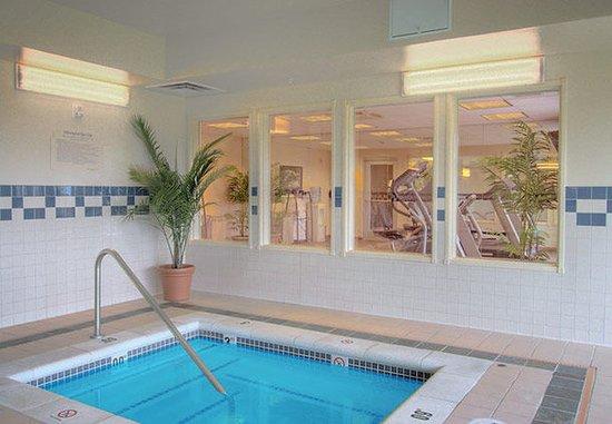 Burlington, Вашингтон: Indoor Whirlpool