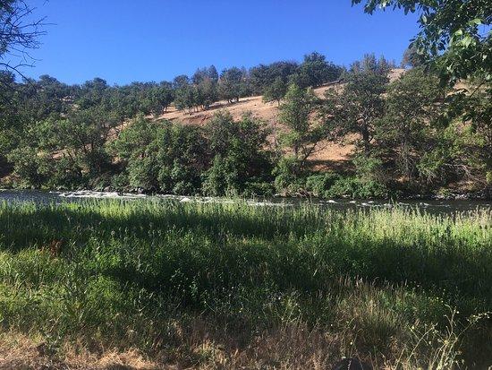 Hornbrook, CA: photo0.jpg
