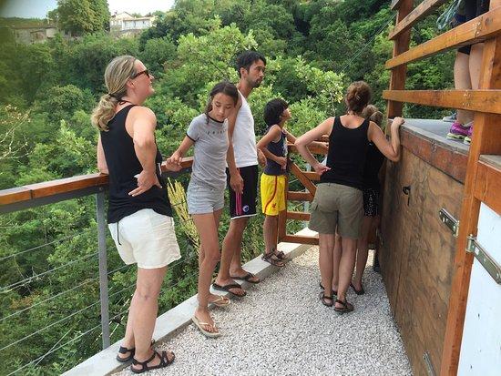 Pazin, Kroatia: En unik oplevelse af de store i et smuk kløft med adrenalin udfordringer.  For både børn og voks
