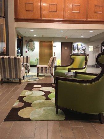 Pigeon River Inn : lobby sitting are