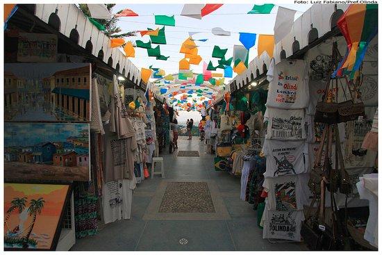 Armario Quarto Madeira Maciça ~ Mercado de Artesanato do Alto da Sé Foto de Mercado de Artesanato do Alto da Sé, Olinda