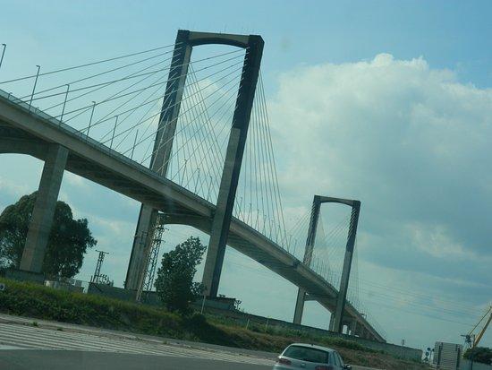 Puente V Centenario